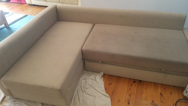 upholstered lounge at shellharbour showing before and after cleaning by chemdry -2